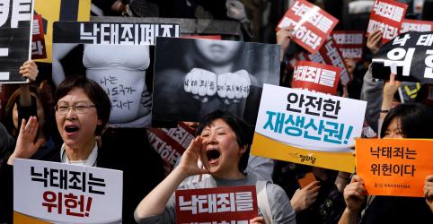 Placeholder - loading - Tribunal sul-coreano derruba lei antiaborto após 65 anos
