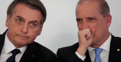 Placeholder - loading - Bolsonaro vai agir pelo convencimento com o Congresso, diz Onyx