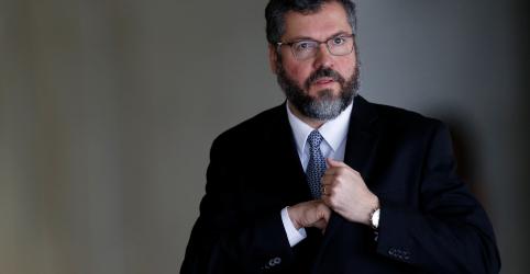 Placeholder - loading - Imagem da notícia Depois de demitir presidente da Apex, Araújo ainda não tem nome para substituí-lo
