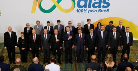 Placeholder - loading - Imagem da notícia Desacertos foram pontuais e Bolsonaro depende do Congresso, diz Onyx