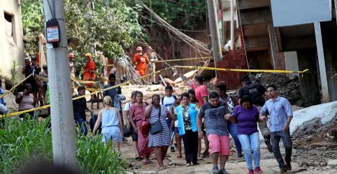 Desabamento de prédios irregulares deixa ao menos 4 mortos no Rio de Janeiro
