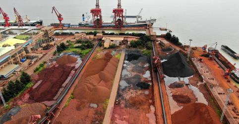 Preço do minério sobe na China com demanda firme; importação pelo país cai no 1º tri