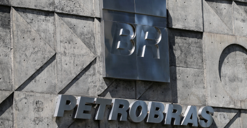 Placeholder - loading - Petrobras diz que União pediu esclarecimentos sobre reajuste, mas decisão foi técnica