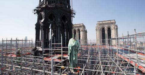 Incêndio de Notre-Dame provavelmente foi acidental, dizem procuradores franceses