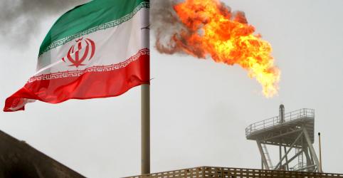 Placeholder - loading - EUA não renovarão isenções a importadores de petróleo do Irã; preços saltam