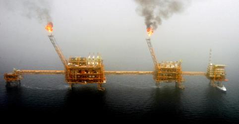 Preços do petróleo batem máximas de 2019 com EUA prometendo maiores sanções ao Irã