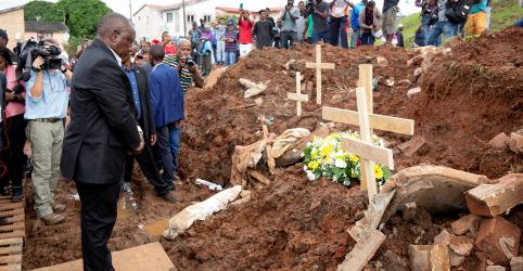 Placeholder - loading - Imagem da notícia Número de mortos por fortes chuvas na África do Sul se aproxima de 70, diz governo