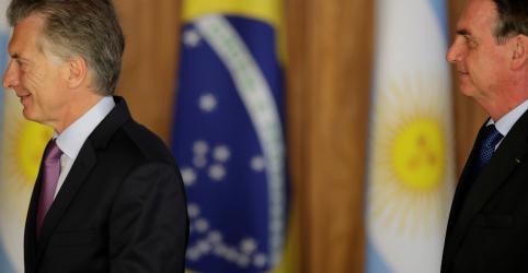 Placeholder - loading - Imagem da notícia Argentina fez reforma da Previdência 'meia-boca' e Macri está com problema agora, diz Bolsonaro