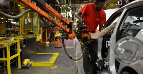 Comércio e estoques de bens não vendidos impulsionam crescimento dos EUA a 3,2% no 1º tri