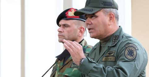 Placeholder - loading - Imagem da notícia Ministro da Defesa da Venezuela diz que Forças Armadas seguem ao lado de Maduro