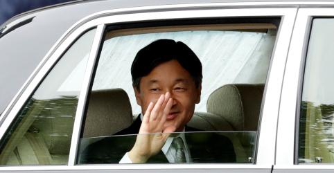 Placeholder - loading - Imagem da notícia Imperador Naruhito ascende ao trono do Japão com 'sentimento de solenidade'