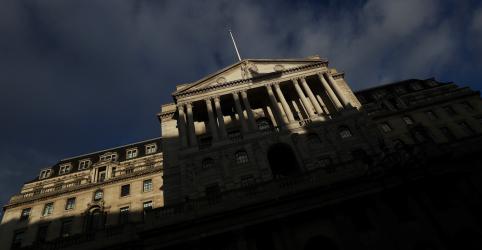 Placeholder - loading - BC britânico eleva previsão de crescimento; Brexit mantém aumento de juros em pausa