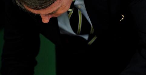 Placeholder - loading - Bolsonaro diz que segurança pública começa em casa ao assinar decreto sobre armas e munições