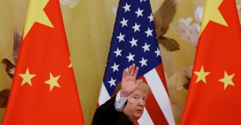 Trump diz que ficará feliz em manter tarifas sobre importações chinesas em vigor