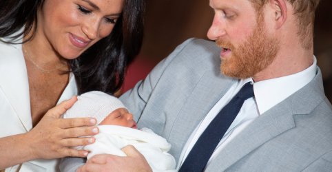 'É mágico', dizem príncipe Harry e Meghan ao apresentar o filho