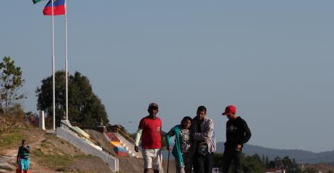 Placeholder - loading - Venezuela reabre fronteira com Brasil que estava fechada desde fevereiro