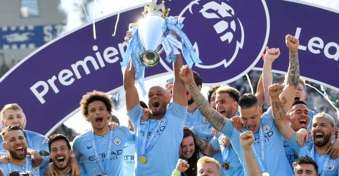 Manchester City vence e mantém título da Premier League