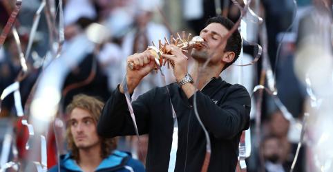 Placeholder - loading - Imagem da notícia Djokovic vence Tsitsipas e leva 3º título do Aberto de Madri