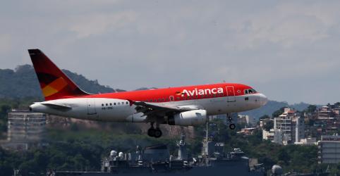 Placeholder - loading - Imagem da notícia Pilotos e comissários da Avianca entrarão em greve a partir de 17 de maio, diz sindicato