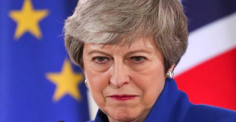 Placeholder - loading - Imagem da notícia Conservadores rebeldes prometem rejeitar acordo de premiê May para o Brexit