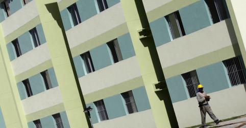 Placeholder - loading - Imagem da notícia Minha Casa Minha Vida precisa ser melhorado, mas não terá bloqueio, diz secretário