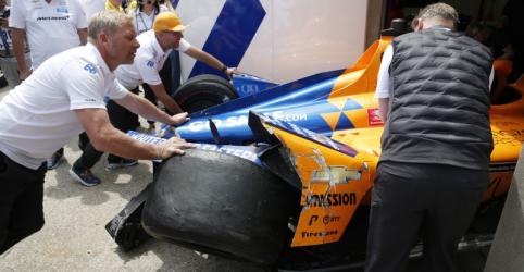 Placeholder - loading - Imagem da notícia Alonso sai ileso de acidente em treino das 500 Milhas de Indianápolis