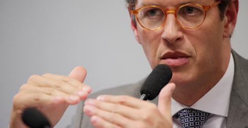 Salles defende revisão de critérios do Fundo Amazônia, cita irregularidades