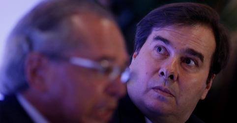 Maia promete aliança com Guedes e Alcolumbre por agenda racional 'sem ficar olhando para internet'