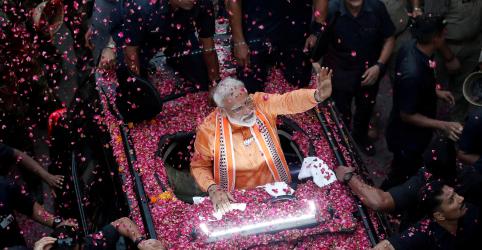 Premiê indiano Modi deve vencer eleição com ampla margem, mostra boca de urna