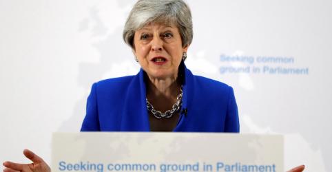 May oferece 'novo acordo' para tentar romper impasse do Brexit