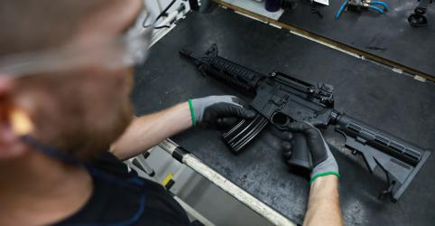 Governo avalia alterações em decreto sobre armas, diz porta-voz