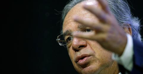 Daqui a pouco governo começará privatizações de 'peixes grandes', diz Guedes