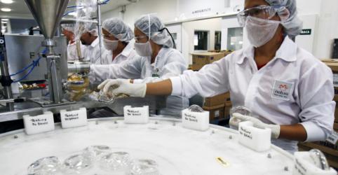 Natura compra Avon e cria 4ª maior empresa de cosméticos do mundo