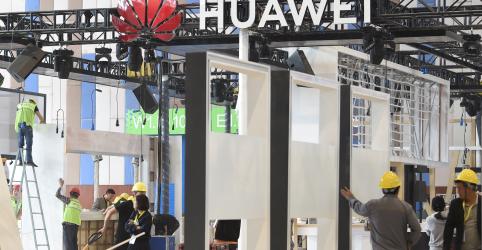 China critica 'ações erradas' dos EUA, com restrições à Huawei atingindo cadeias de fornecimento