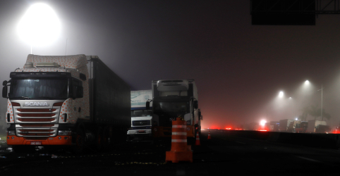 Associação de caminhoneiros propõe criação de fundo de estabilização de preços do diesel