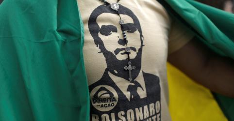 Placeholder - loading - Imagem da notícia Bolsonaro diz que manifestações de domingo foram históricas
