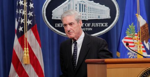 Placeholder - loading - Imagem da notícia Procurador especial Mueller diz que acusar Trump 'não era uma opção'