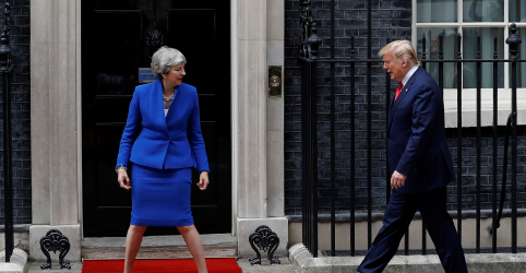Placeholder - loading - Trump sinaliza 'acordo comercial muito substancial' a premiê britânica May