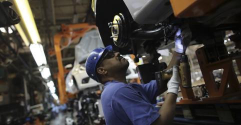 Placeholder - loading - Produção industrial no Brasil sobe 0,3% em abril, diz IBGE