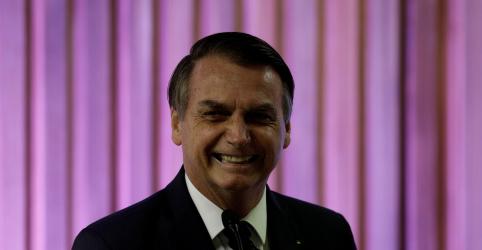 Placeholder - loading - Imagem da notícia O Parlamento é meu e a Presidência é de vocês, diz Bolsonaro a deputados ao levar projeto sobre CNH