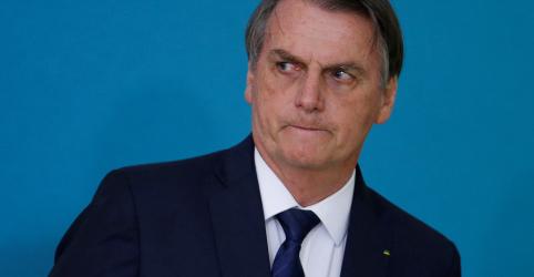 Placeholder - loading - Imagem da notícia Bolsonaro faz novo aceno ao Congresso e diz que classe política agora visa interesse da população