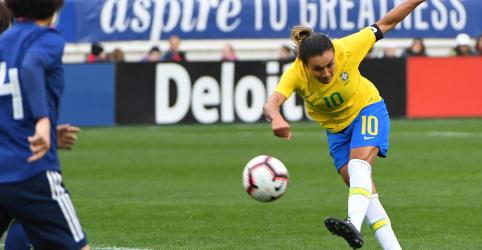 Placeholder - loading - Imagem da notícia Marta não será titular na estreia do Brasil na Copa do Mundo, diz Vadão