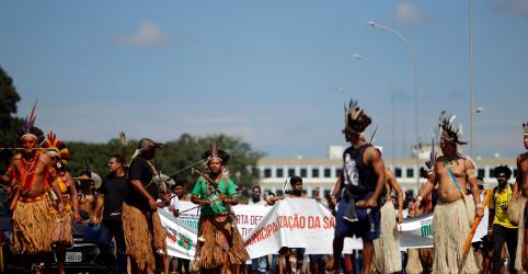 Placeholder - loading - Sob pressão de ruralistas, governo demite presidente da Funai