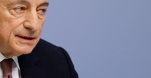 Draghi indica que BCE pode fornecer mais estímulo se inflação não acelerar