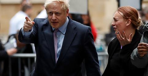 Placeholder - loading - Imagem da notícia Johnson fica mais perto de se tornar premiê britânico com vitória em 2ª votação