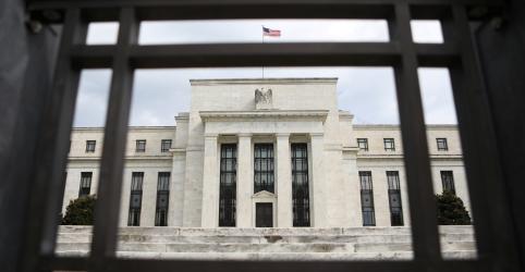 Fed mantém juros e sinaliza que cortes são possíveis este ano