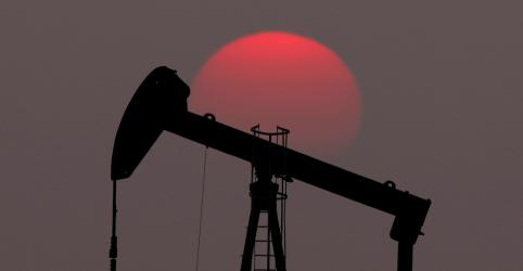 Placeholder - loading - Investigações e queda nos lucros instigam mudanças no mercado de petróleo