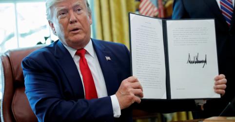 Placeholder - loading - Imagem da notícia Trump impõe novas sanções a líder supremo do Irã e outras autoridades