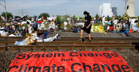 Placeholder - loading - Em 'apartheid climático', ricos vão se salvar enquanto pobres sofrem, diz relatório da ONU