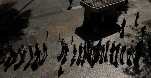 Placeholder - loading - Brasil abre 32,1 mil vagas formais de trabalho em maio, abaixo das expectativas
